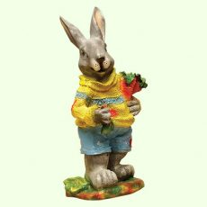 Заяц с морковкой  5-188